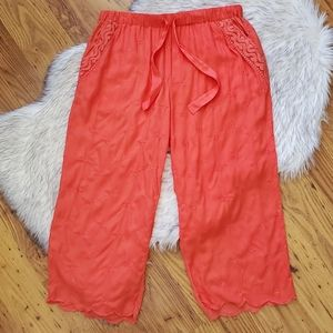 Eloise Coral Cropped Lounge Pajama Pants Small